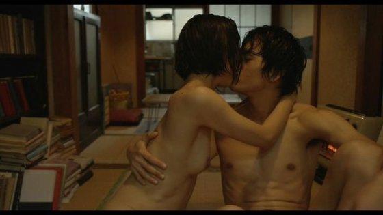 【濡れ場キャプ画像】濡れ場やベッドシーンで見せる女優さんの表情や乳首がエロいw 04