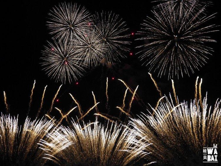 |沖繩| 琉球海炎祭懶人包,日本最早花火 | 買票、交通、飲食攻略 | 結合音樂、煙火與感動的初夏盛會,不可錯過