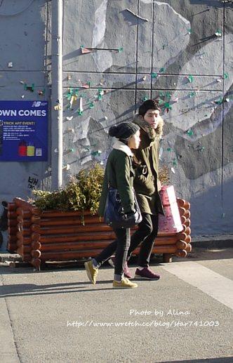 【街拍】直擊韓國弘大學生穿搭~個個都好有型啊!!