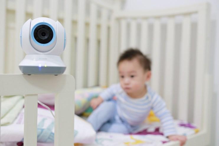 【Baby】讓爸媽放心也開心✧相見恨晚的➜D-link媽咪愛DCS-855L無線網路攝影機