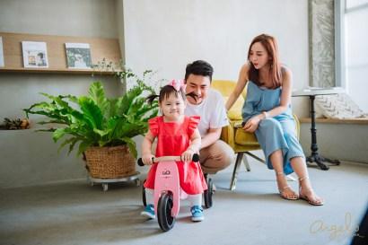 【育兒】自然的玩樂學習跟感官刺激!Kinderfeets美國木製平衡滑步車初心者三輪系列&Soopsori木製玩具
