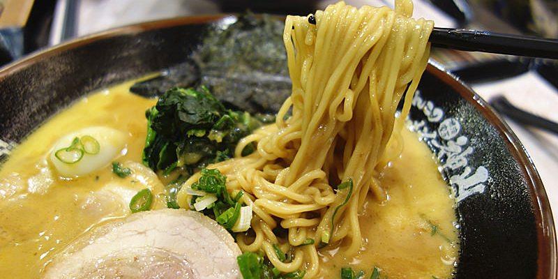 【彰化市】彰化神山拉麵;日本神山社長跟主廚來台指導,正統日本拉麵在彰化市就能品嚐到!