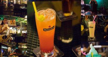 馬來西亞沙巴酒吧推薦Cock N Bull Waterfront 異國的夜晚就到酒吧小酌一番,吹著涼涼海風,馬來西亞沙巴票選第一名酒吧。