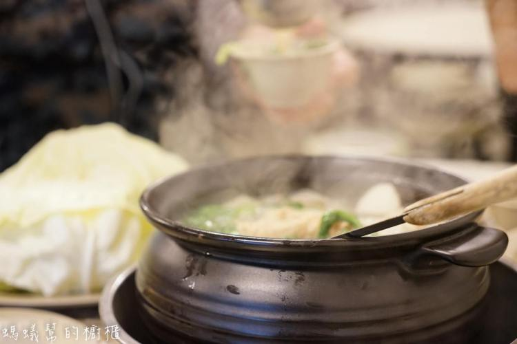 員林霸味薑母鴨 | 炭火加熱薑母鴨鍋物,平價便宜,加人三五好友一起聚餐,冬天進補暖身最適合~