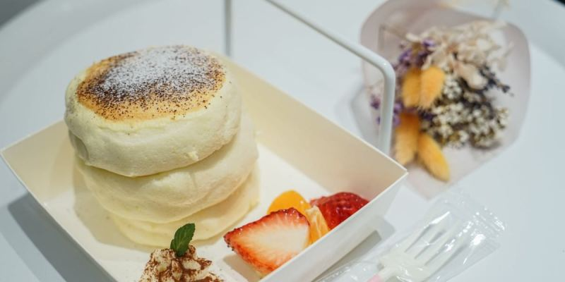 TWO DAY日日鬆餅|台中逢甲清爽澎鬆舒芙蕾鬆餅店,逢甲特色甜點美食推薦。