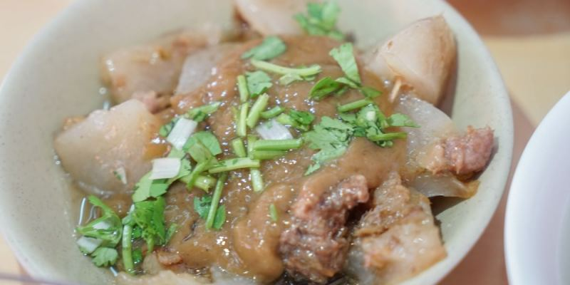 北斗肉圓儀 北斗小吃推薦,朋友推薦的好吃肉圓!林書豪最愛的肉圓店,在北斗媽祖廟後方好找尋。