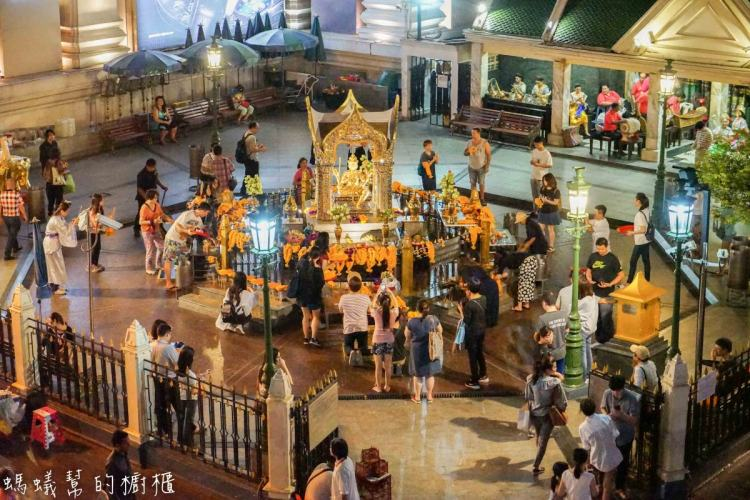 泰國曼谷四面佛   四面佛(BTS Chit Lom站)曼谷大梵天王,四面佛交通地理。