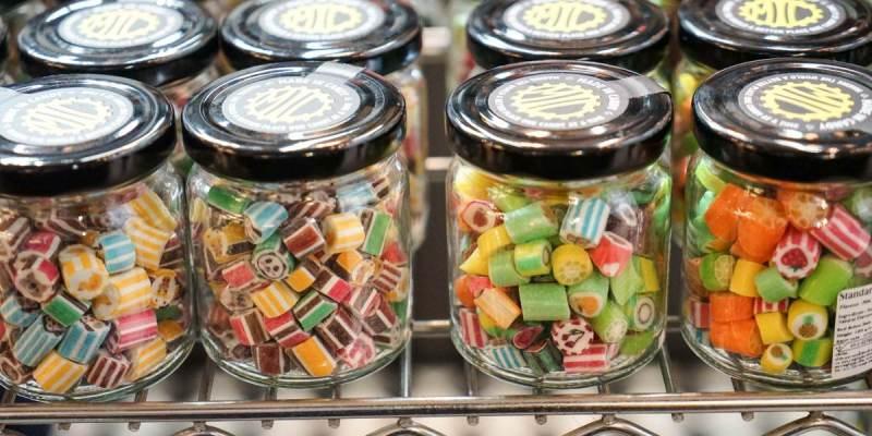 泰國曼谷Made in candy(central world)   泰國好吃手工糖,各種造型可愛動物、水果,送禮好看又好吃。