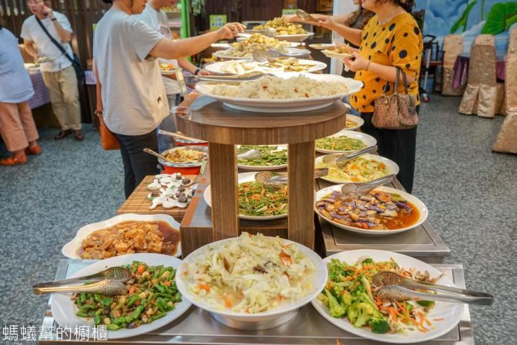 清心緣蔬食坊   超狂彰化市蔬食吃到飽!熟食、甜點、創意蔬食均衡營養又美味!平日吃到飽只要198元!
