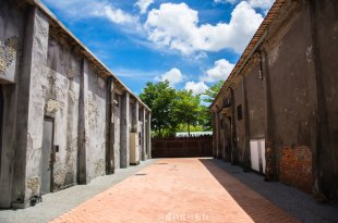 |高雄景點|駁二藝術特區,位於高雄港旁的藝術空間