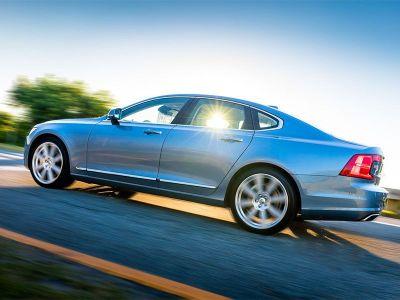 10 Best Luxury Cars with AWD | Autobytel.com