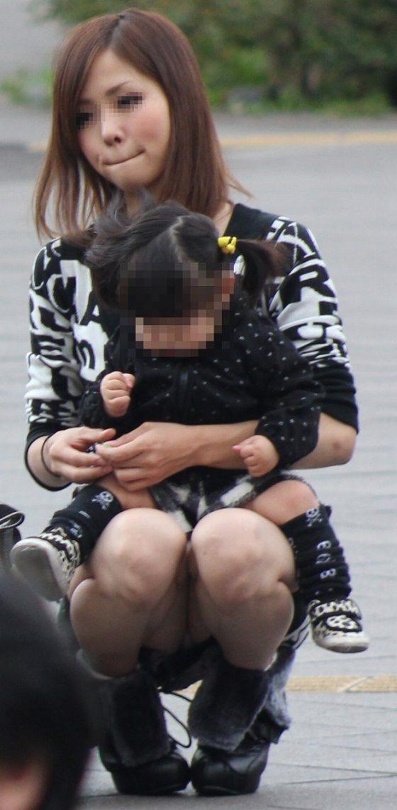 無防備な若妻が多くてパンチラ・胸チラ見放題でレイプが起きない日本って平和だなwwwww(画像あり)