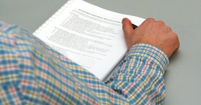 Cómo traducir documentos de inglés a español | eHow en Español