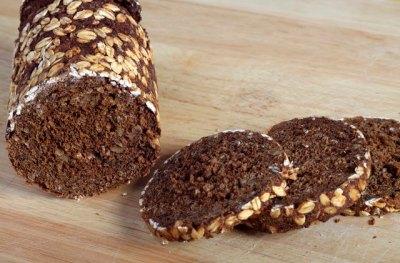 Russian Rye Bread vs. Pumpernickel | LIVESTRONG.COM