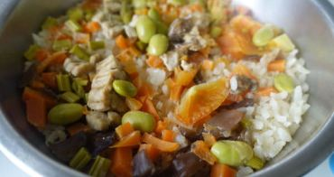 『嬰幼兒食譜』五彩繽紛的營養-鮪魚野蔬炊飯