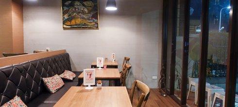 [美食] 南京三民Hotcake cafe,巷弄內的舒適咖啡空間