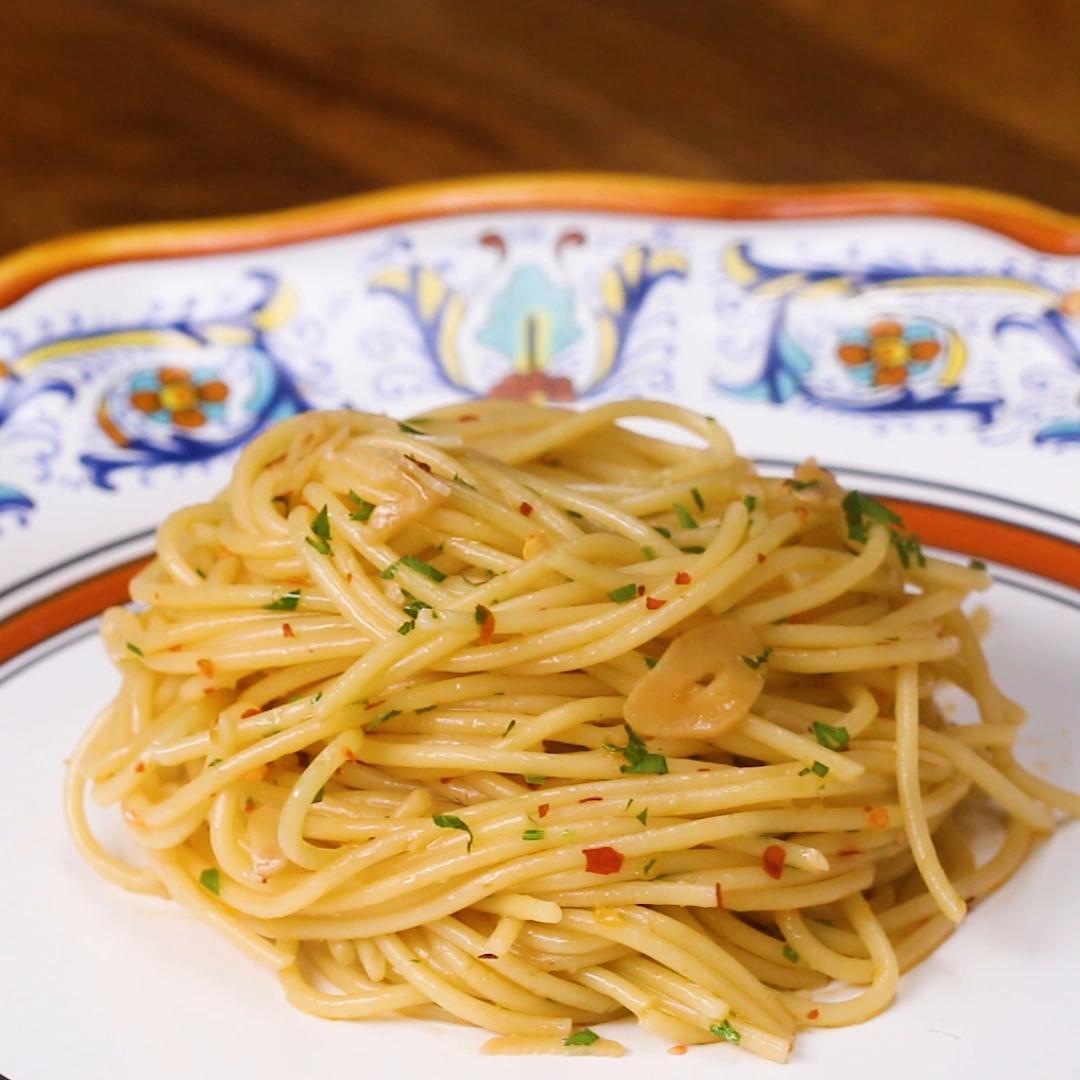 Rousing Instant Pot Pasta Recipes 2018 Garlic Spaghetti Oil Pasta Recipe By Tasty Pasta Recipes nice food Best Pasta Recipes