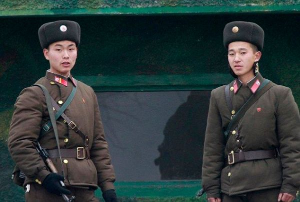 Photo is of North Korean soldiers.
