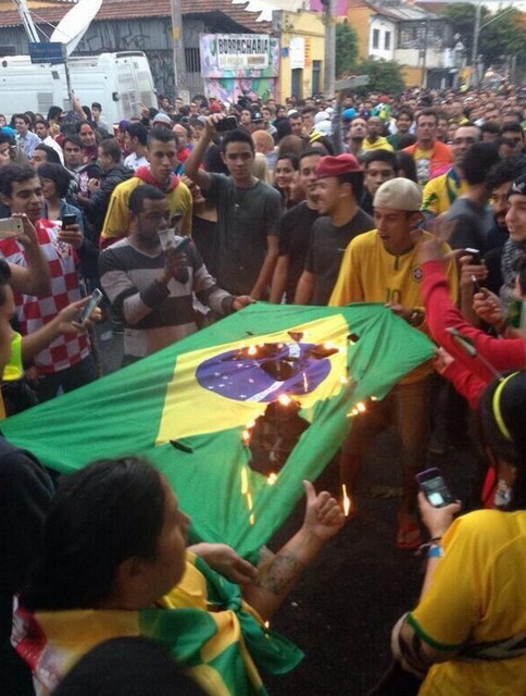 brazil-riots-after-world-cup-loss-to-germany-10
