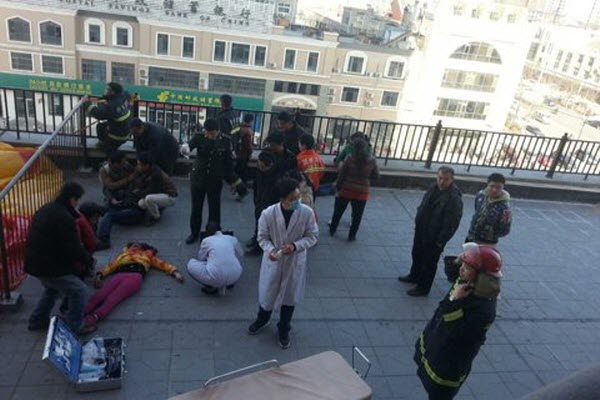 hebei-jizhou-daughter-jumps-to-death-to-help-migrant-worker-father-demand-unpaid-wages