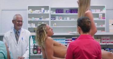 澳洲被禁播的保險套廣告