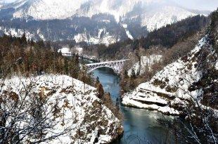 日本|秘境‧如夢似幻鐵道秘境~只見線的各種風情
