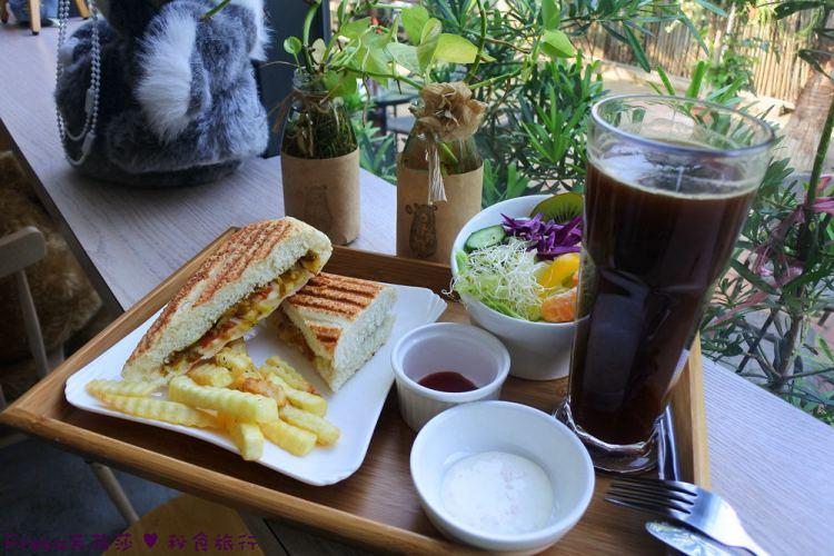 台南永康區【村有熊】綠蔭庭院玻璃小屋.美味早午餐下午茶的放鬆空間/蛋糕鬆餅/義大利麵
