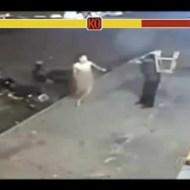 【喧嘩】椅子男VS全裸の変態紳士 変態の動きが俊敏すぎるw