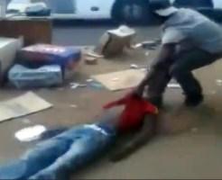 【喧嘩】黒人リアルファイトで一発KO!そのまま道路に引きずり落とす