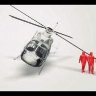 【閲覧注意】ヘリコプターから降りてきた人がプロペラで切断される一部始終・・・