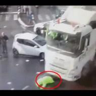 【事故映像】交通整理中の警官をゴリゴリ轢き殺した運転手に悪意を感じる・・・
