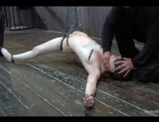 【エログロ】本物のSM映像・・・これで抜ける奴ドSの変態w ※無修正