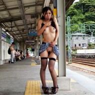 【本物エロ】100%逮捕される日本人の本気野外露出映像がアウトすぎるwww