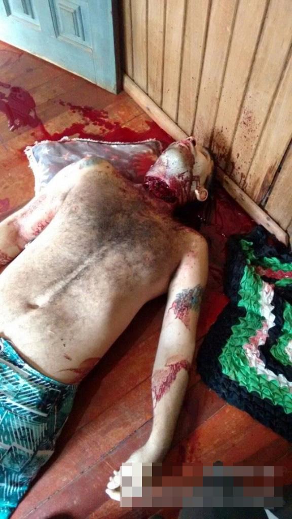 【グロ画像】浮気した結果・・・キチガイ嫁に斧で殺されました・・・