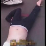 【グロ動画】脚フェチだったら変な方向に曲がってる女の子でも大丈夫?? ※脳みそチラも有り