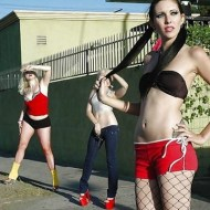"""【閲覧注意】3人に1人がHIVに感染している"""" 売春婦たちをご覧ください…"""