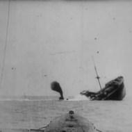 【衝撃映像】100年前の第一次世界大戦で通商破壊する潜水艦の撃沈映像あったから貼ってく