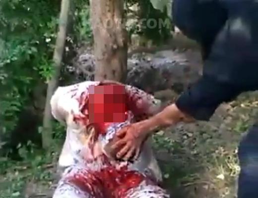 【グロ動画】ゆ~~~っくり首を切り落としていく残酷すぎる映像・・・・