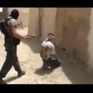 【グロ注意】ISISが罪人と言い張って人殺しまくってるんだが・・・