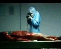 【死姦映像】解剖中の女性を死姦自画撮りする鬼畜医師・・・