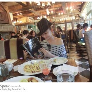 [美食]就是愛PAUL,連情人節套餐也想要待在這裡!!!