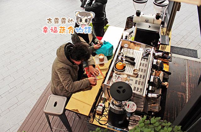 【台北】Coffee And Tea 貨櫃咖啡屋(遷至中正紀念堂旁老麥攝影