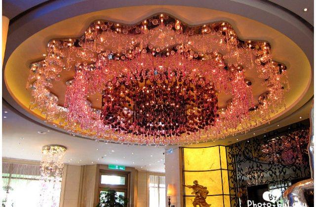 [台北] 這紫色水晶燈也太太太…太閃了吧!怡亨酒店下午茶 (葷素