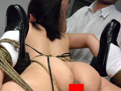 (閲覧注意)優等生女子が縛られて脱糞してるところとか見てまさかムラムラしないよな・・・?(※写真あり)