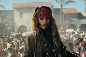 [新聞]強尼戴普以傑克船長之姿快閃迪士尼《神鬼奇航》遊樂設施