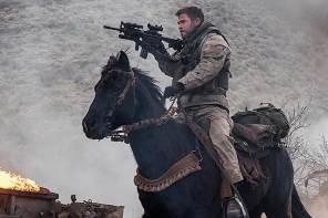 [新聞] 克里斯漢斯沃斯主演阿富汗戰爭電影《12猛漢》全新預告上線