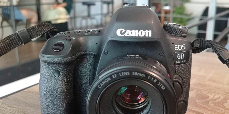 二手拍賣出售|Canon EOS 6D2公司貨 單機身 保固至2019/05
