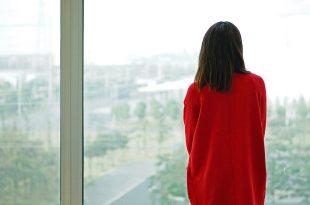 「愛情裡何時該放手?」她用5年的寶貴青春換來一場最深刻的體悟