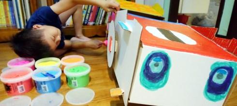 小孩好喜歡的英國Kid-Eco大型彩繪車 真的可以坐,自己畫的更有成就感