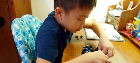同大爺的長大要做什麼?我要做樂高工程師,好玩的樂高積木玩具書